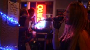 woman sing